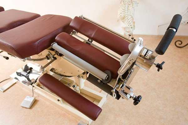 Mobilisationsliege für Chirotherapie, Bandscheibenvorfall, Rückenschmerzen, Skoliose