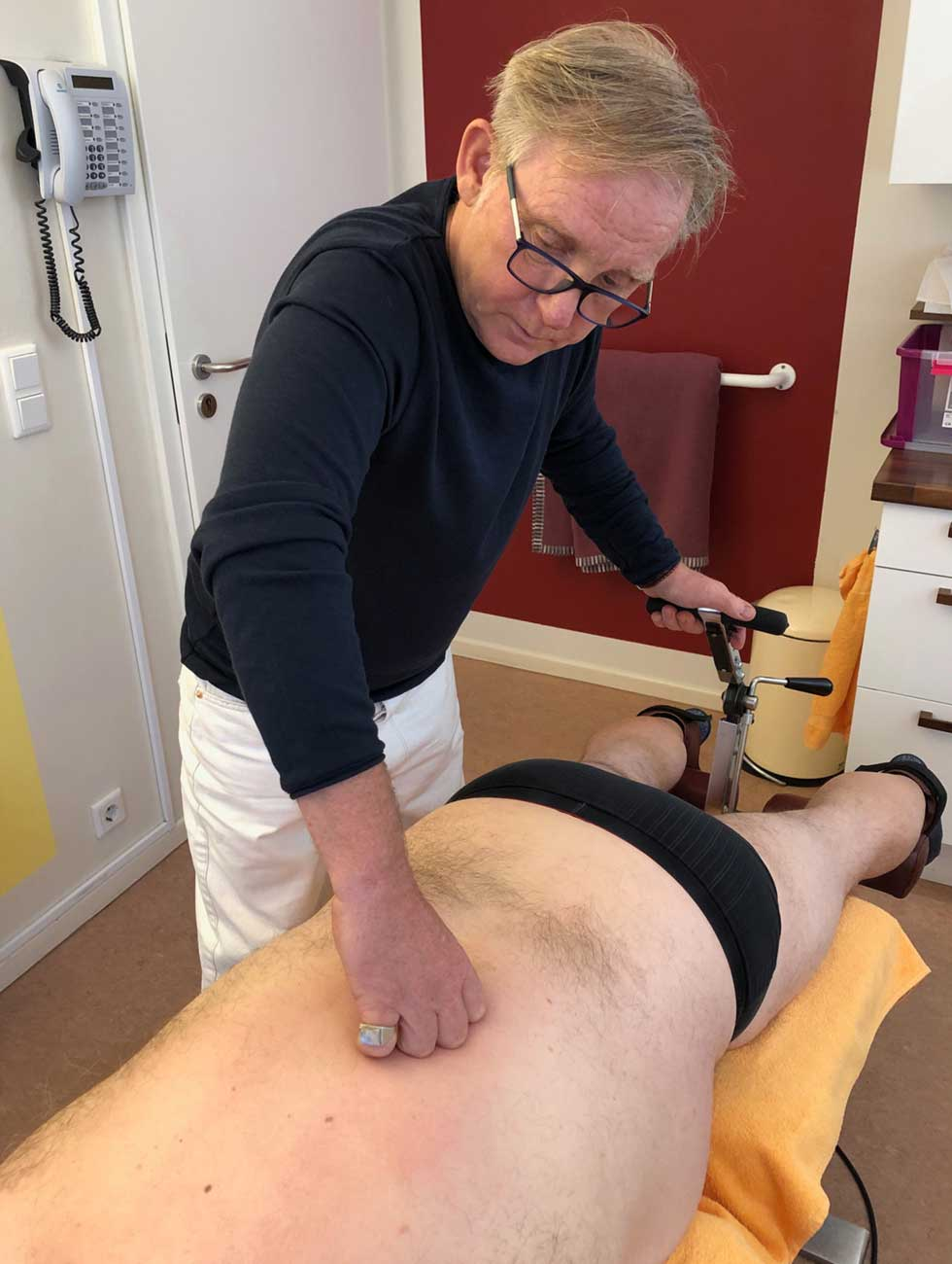 Mobilisationsliege   Mobilisationsliege für Chirotherapie, Bandscheibenvorfall, Rückenschmerzen, Skoliose