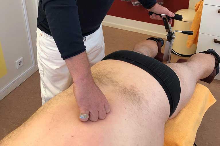 Rückenschmerzen: Therapie | Schmerztherapie Neuraltherapie Akupunktur Rückenschmerzen