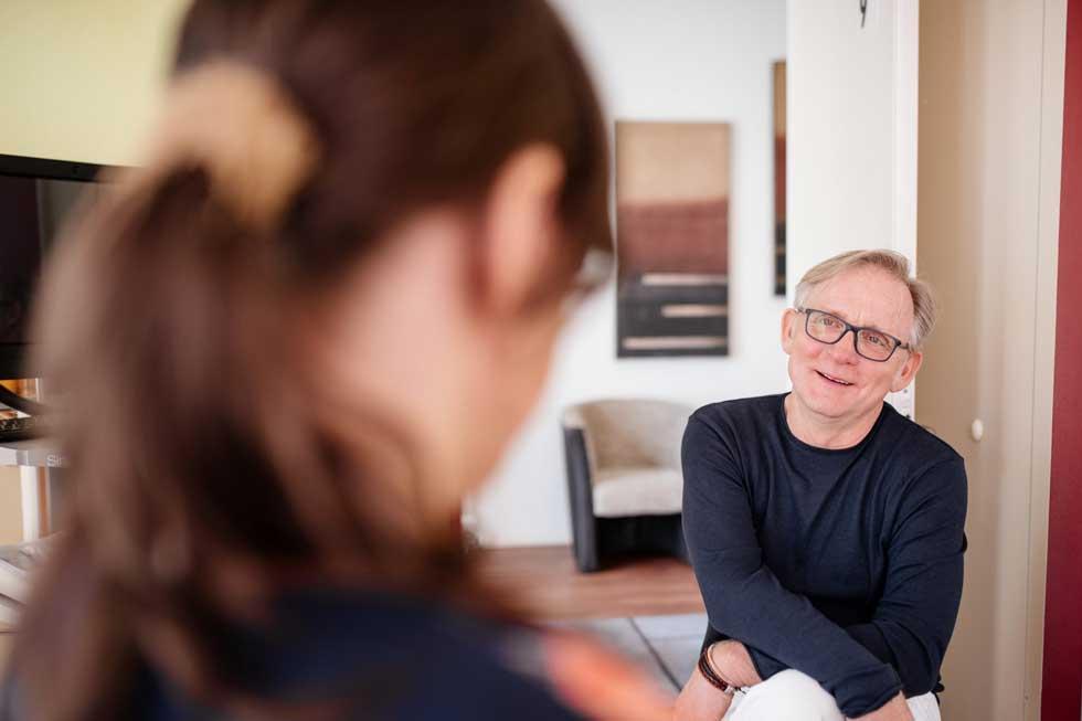Beruflicher Werdegang und medizinische Ausbildung   Humanmediziner und Heilpraktiker Dr. Hartmann